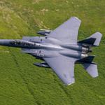 F-15 преодолевает звуковой барьер