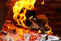 Звук костра, огня в печи или камине