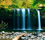 звук водопада