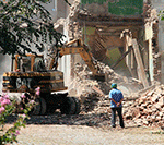 Звуки разрушений и строительства