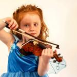 Звук скрипки начинающего музыканта