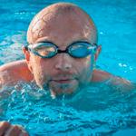Пловец в бассейне — звуки бассейна