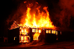 Горящий дом — звук пожара в доме