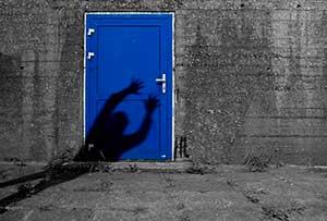 Звук стука в дверь для сказки